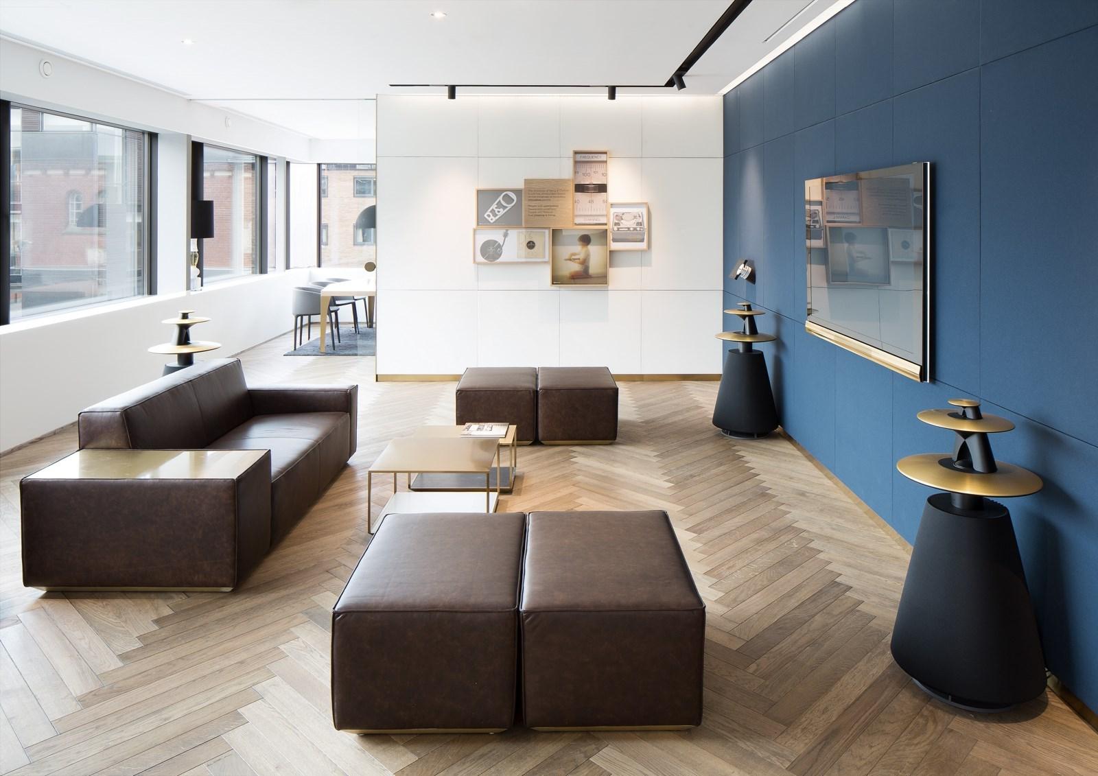 b o tager guldet i herning. Black Bedroom Furniture Sets. Home Design Ideas