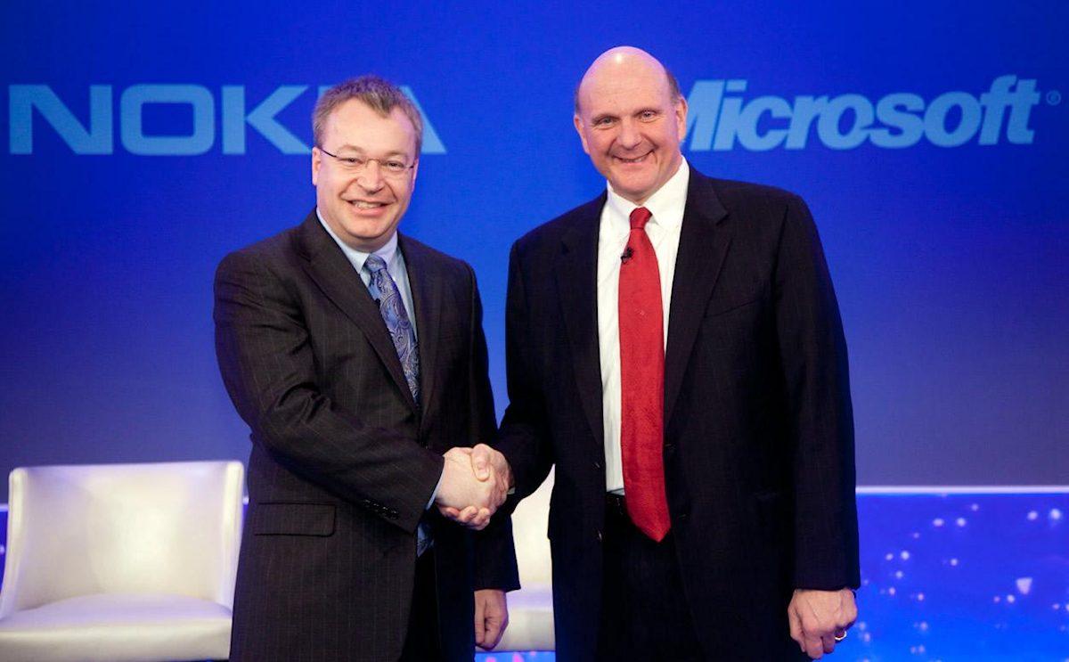 Stephen Elop (Ex. Nokia-boss) og Steve Ballmer (Ex. Microsoft-boss)