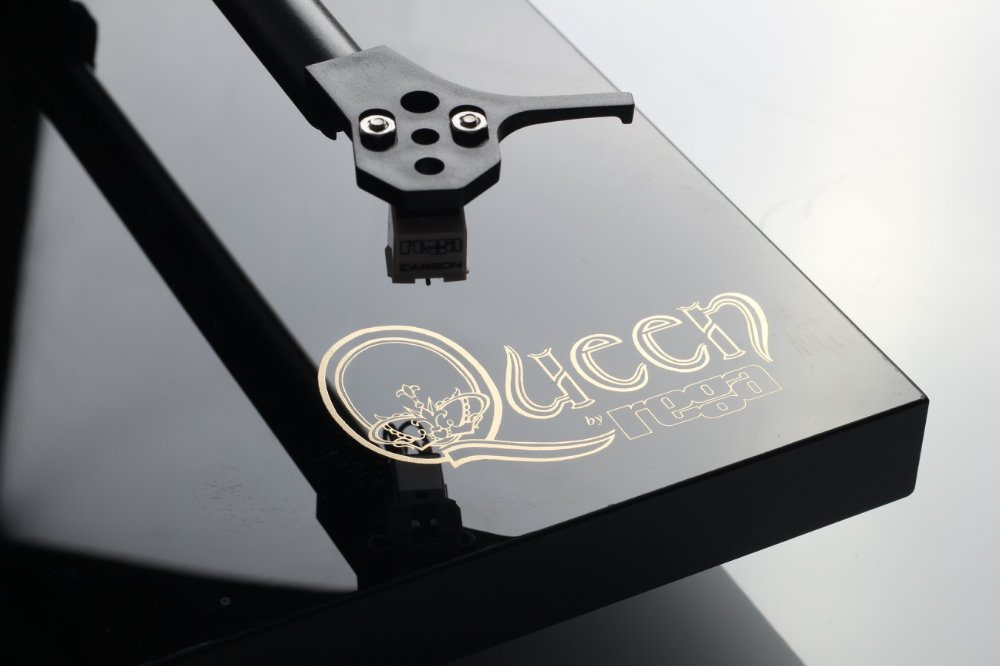 Queen by Rega