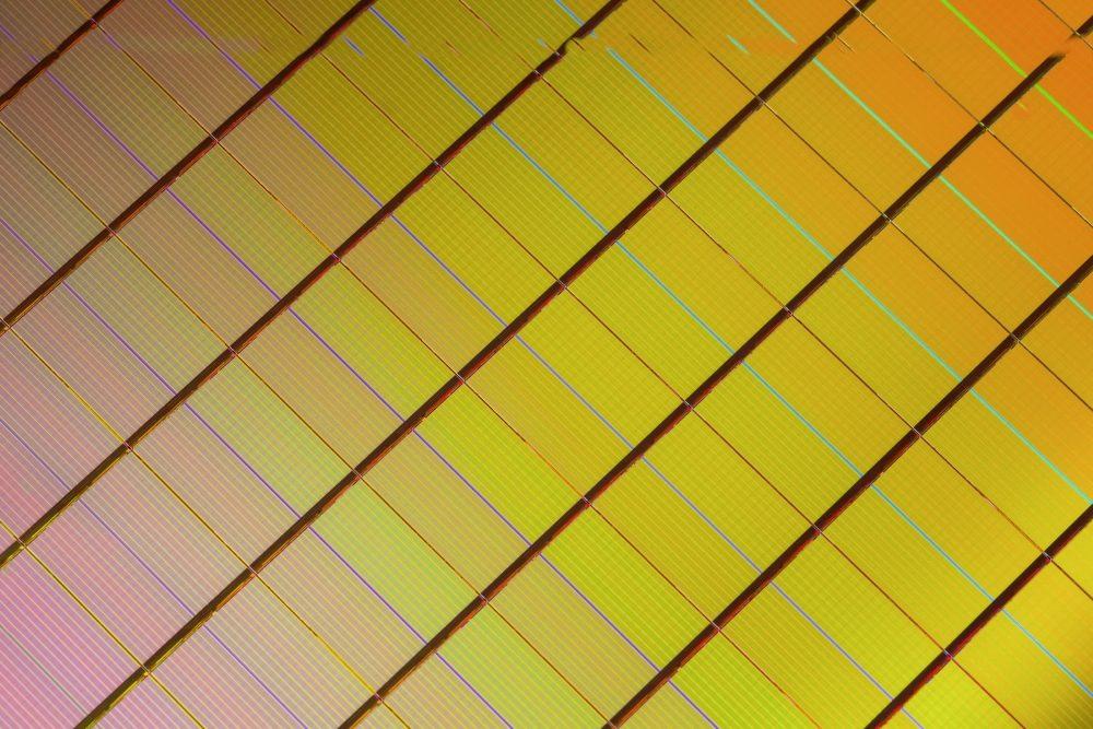 3D XPoint memory chips (før udskæring). Foto: Intel