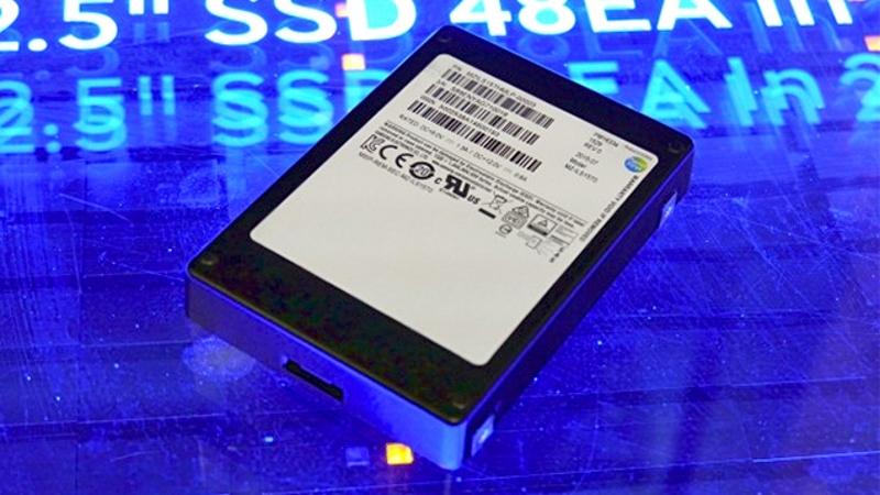 Samsung 16TB PM1633a SSD (foto: golem.de)