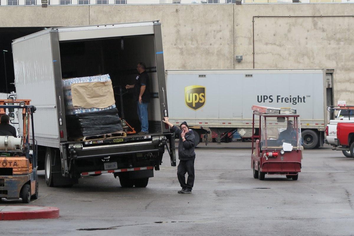 Der er kommet convoys af lastbiler til Vegas