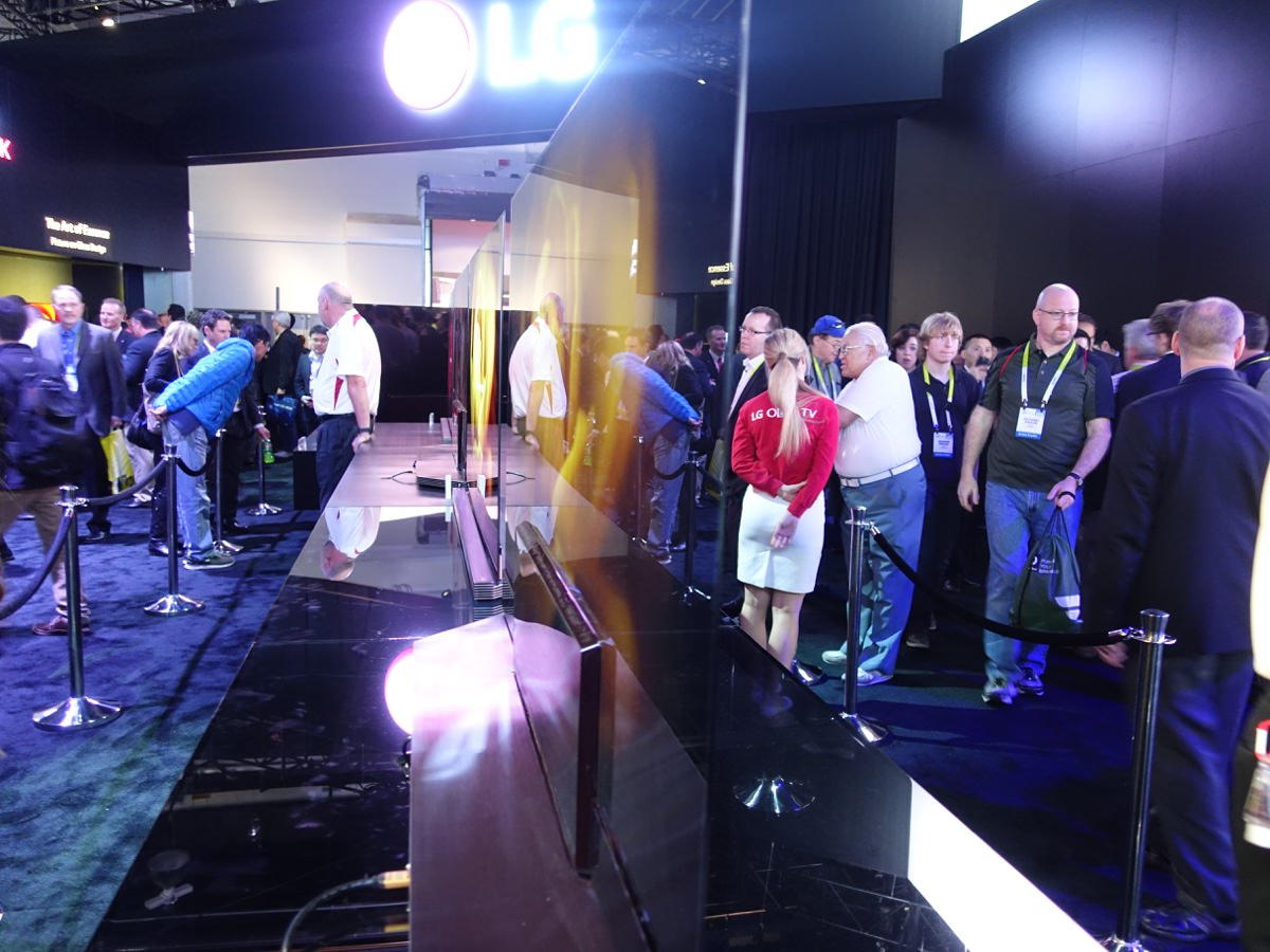 CES_2016_LGBOOTH_13