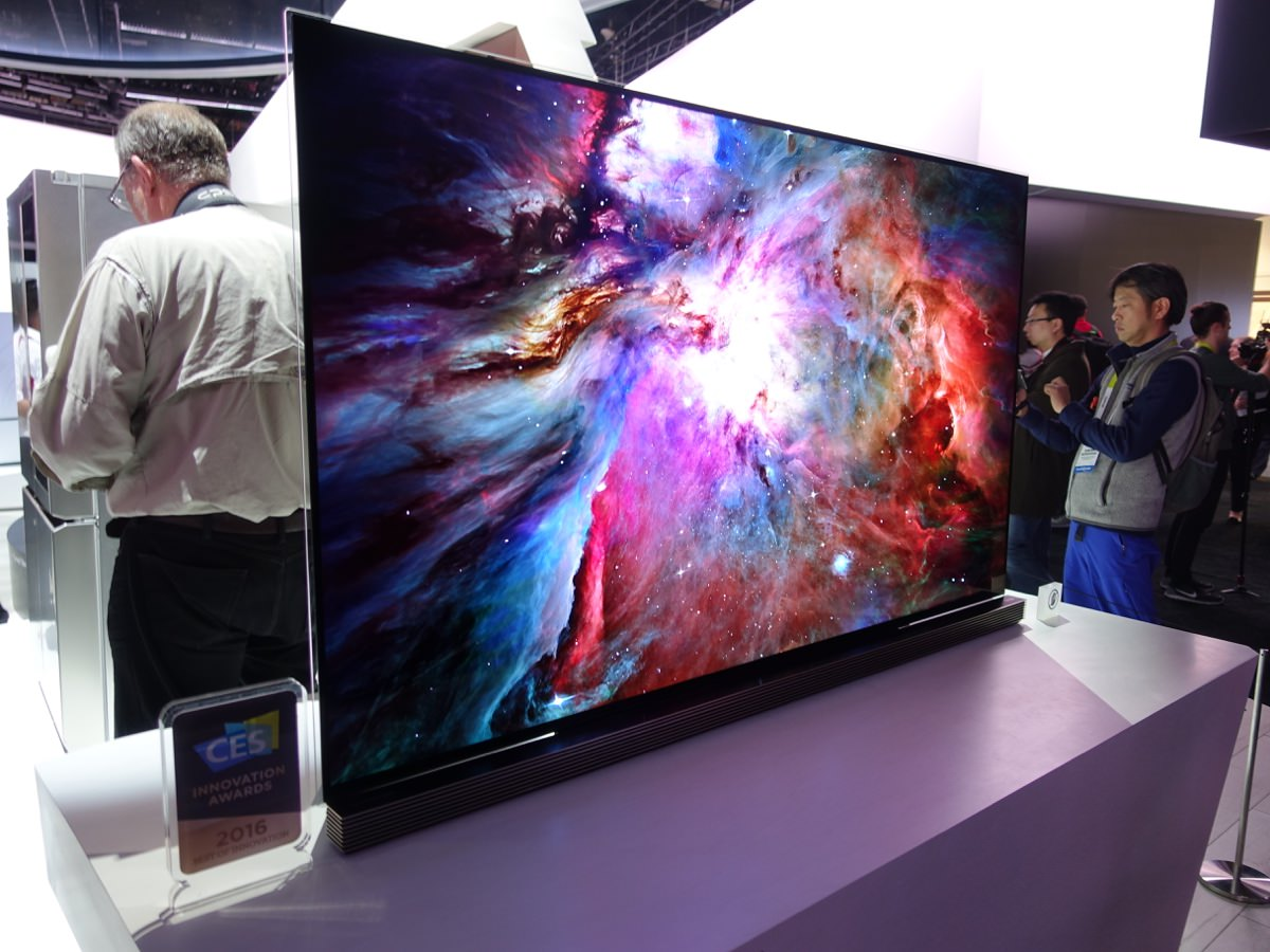CES_2016_LGBOOTH_20