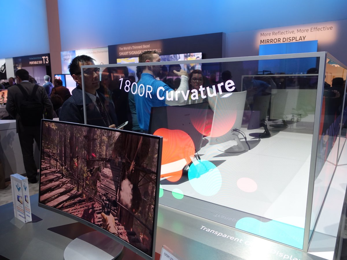 CES_2016_SAMSUNGBOOTH_21