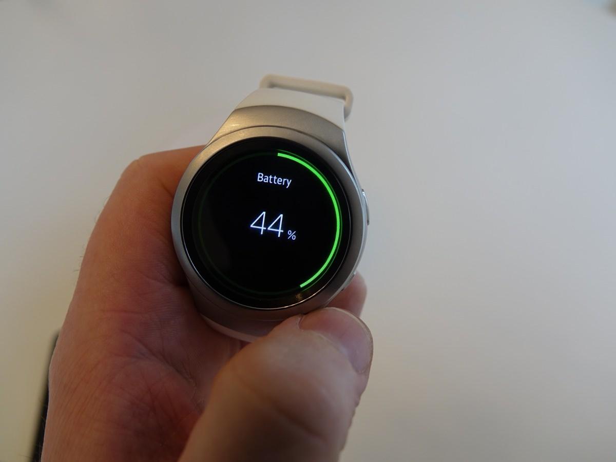 Batteritiden var rigtigt god i Samsung Gear S2 (foto: recordere.dk)