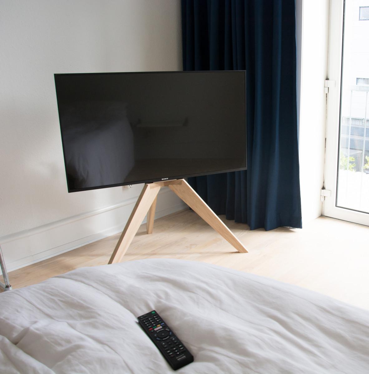 Svært Opstalt OP1 - en ny dansk møbelstander til TV'et - recordere.dk DS-09
