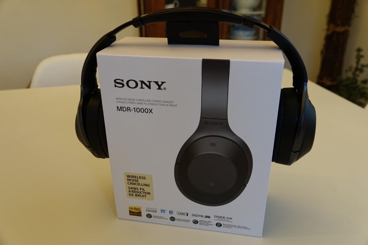 Kassen til Sony MDR-1000X (foto: recordere.dk)