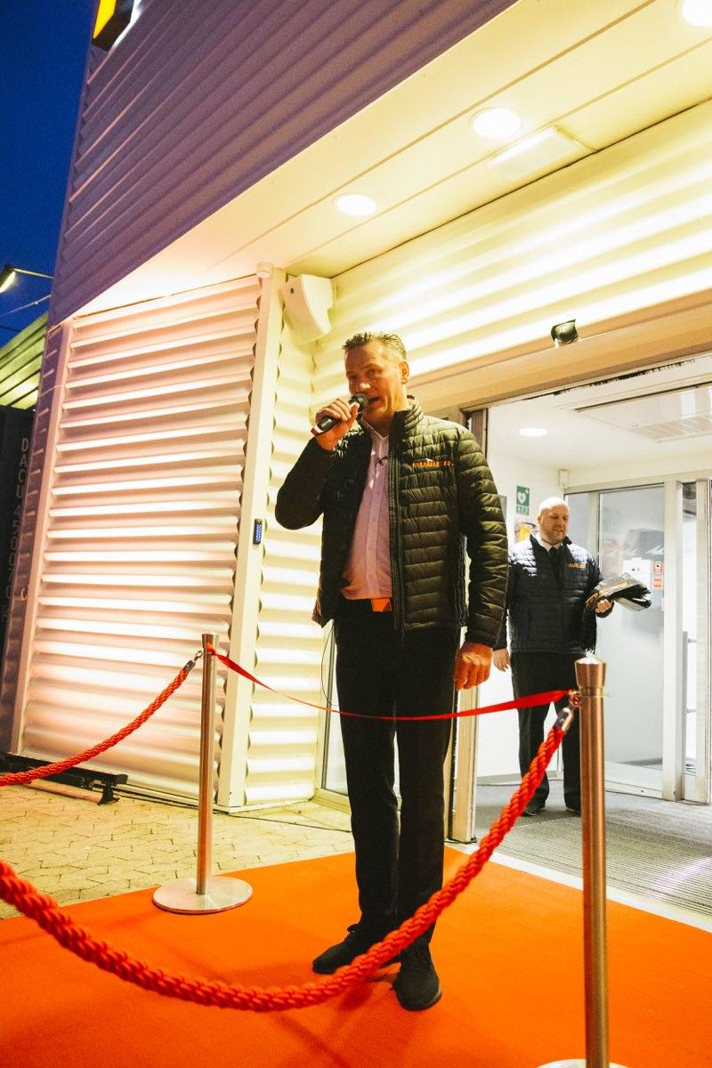 aebb5dec61a Direktør Jesper Boysen holder den officielle åbningstale. Foto: Power