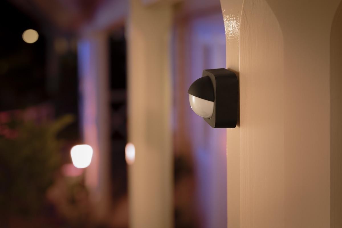 Fantastisk Philips Hue lancerer udendørs sensor og nye lamper - recordere.dk ZC76